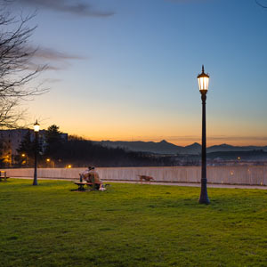La Taconera gardens after the retrofit of the cast iron Múnich luminaires with ATP KitLED® system.