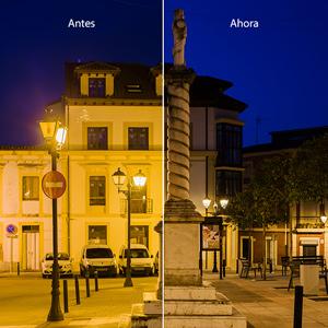 Comparación antes/ahora en la plaza Cruz (Villa XLA). La reducción de potencia y flujo corrige la sobreiluminación y reduce la difusión y reflexión de la luz hacia el cielo.